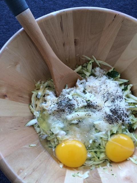 lisa eats zucchini fritters 2