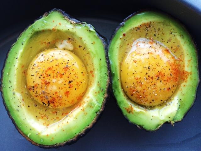 lisa eats avocado eggs raw