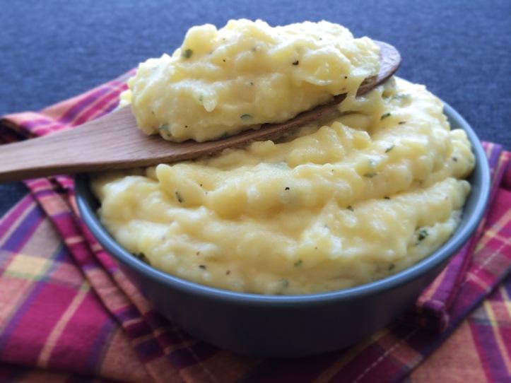 lisa eats mashed potatoes 2