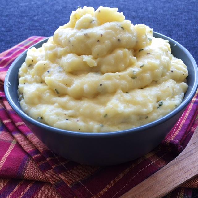 lisa eats mashed potatoes